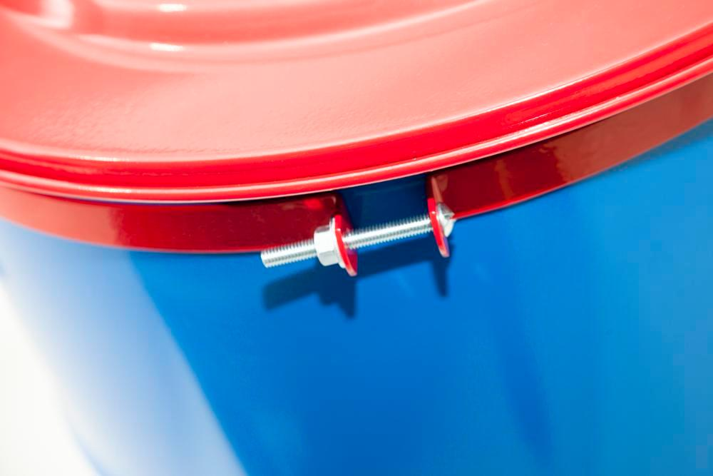 Safety drum lid for 120 litres steel drum with solder