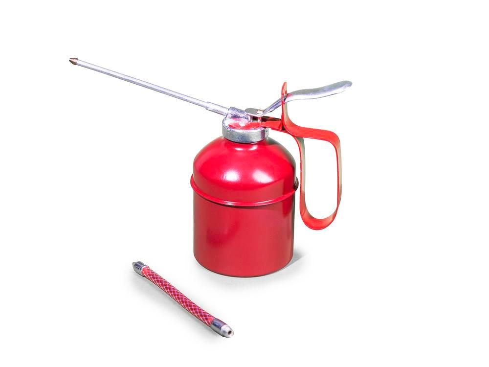 Steel oil can with brass pump ext, 0.3 litre volume, 4 items