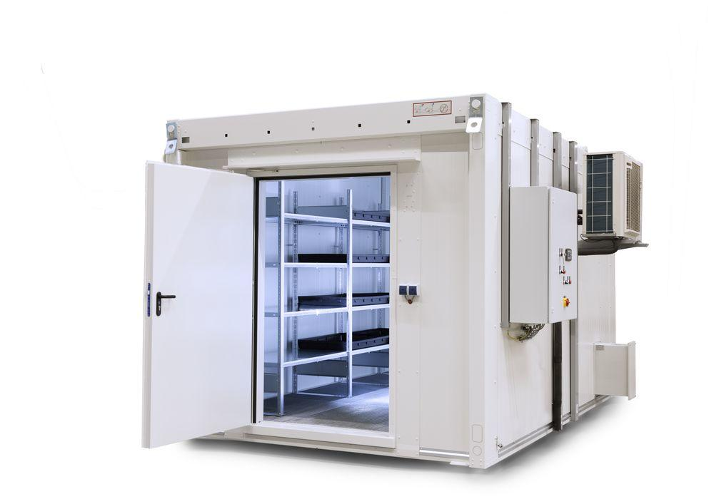Walk-in fire-rated storage container WFP for lithium energy storage devices - 2