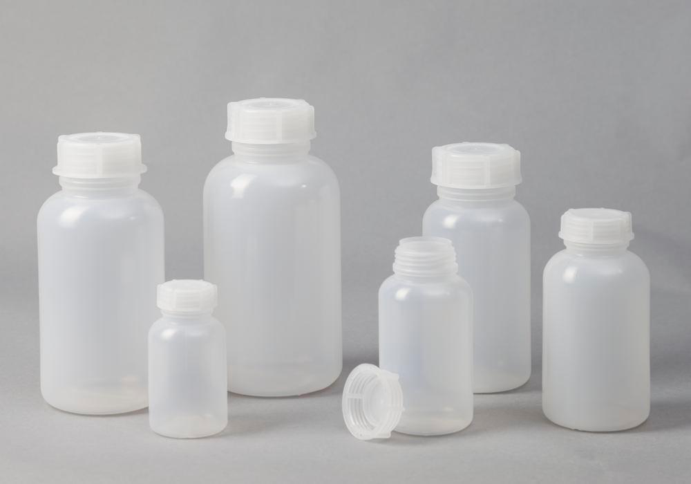 Wide necked bottles in LDPE, round, natural-transparent, 750 ml, 12 pieces