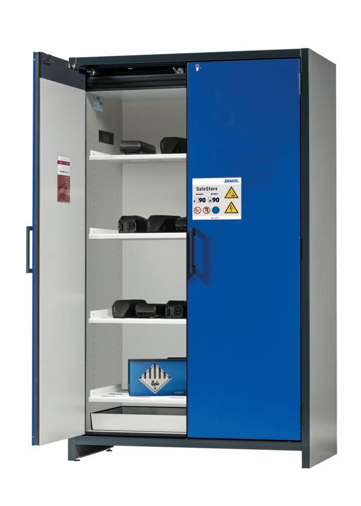 Lithium-ion battery storage cabinet SafeStore, 4 shelves, W 1200 mm