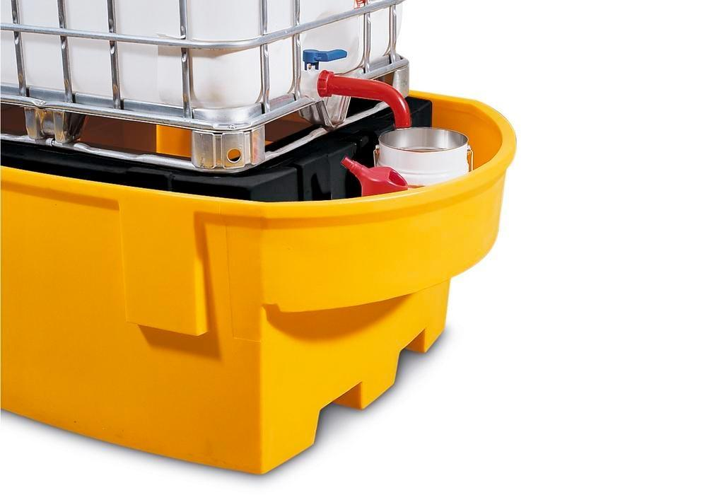 Spill pallet base-line in polyethylene (PE) for 1 IBC, with PE storage mount and dispensing area