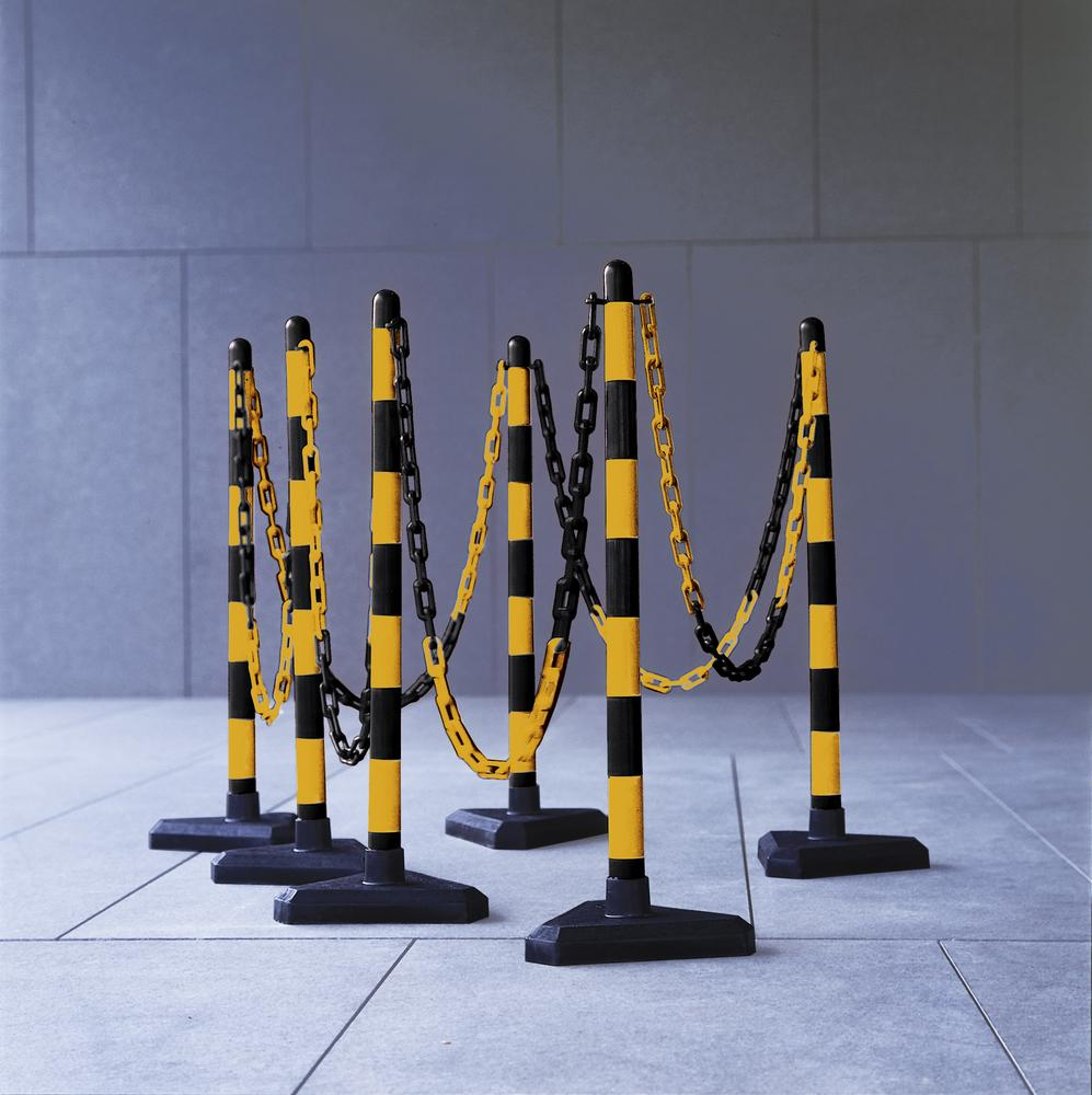 Chain barrier post set, 6 pcs, 870 mm, 10 m chain, yell/blck, triangle plastic base, concrete filled