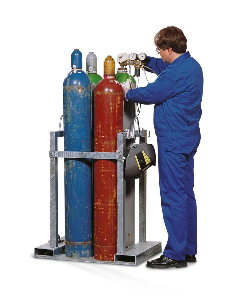 Gas cylinder pallet, galvanized steel, with safety bar, for 4 gas cylinders - 1
