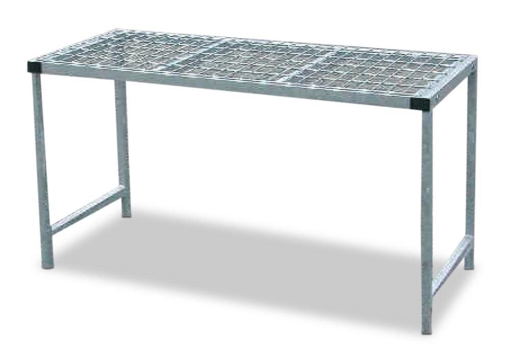 Storage table for 26 gas cylinders each holding 11 kg