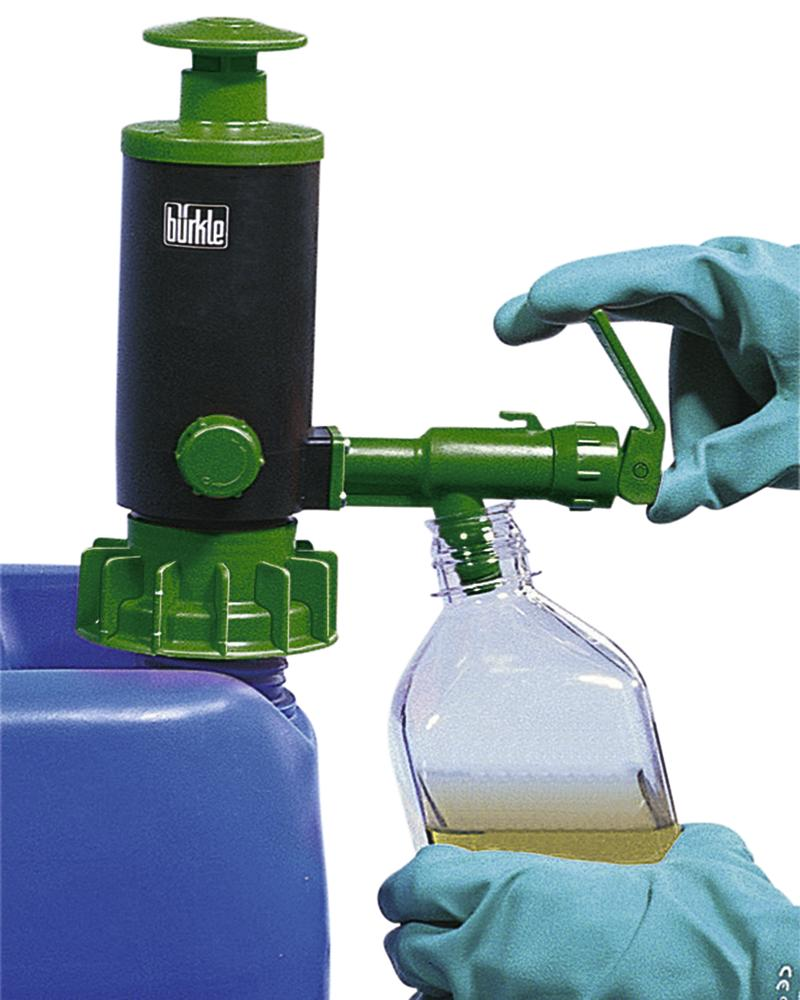 Manual dispensing and transfer pump, polypropylene, with FKM seal, green