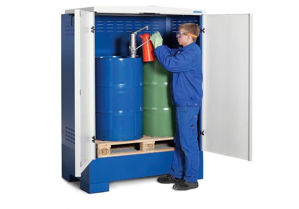 Cubos hazardous materials depot, for up to 2 x 205 litre drums, painted, Type XL-2.2 - 4