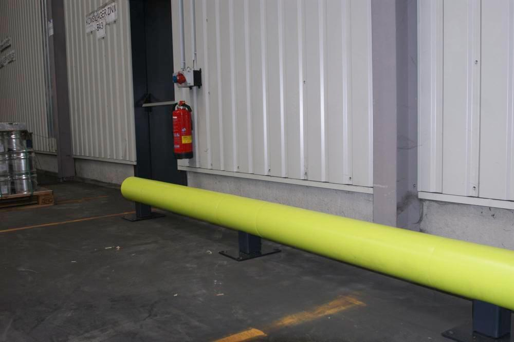 Castra impact protection in plastic, for walkways, colour lime, with one board, length 190 cm