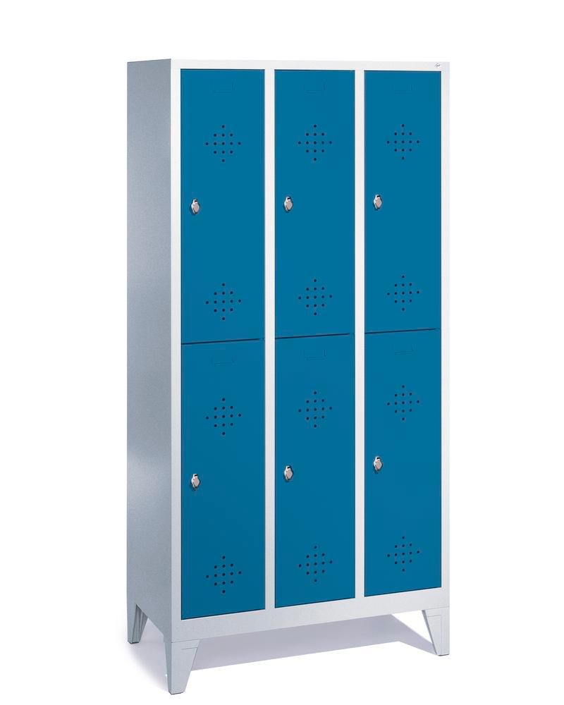 Double locker Cabo, 6 compartments, W 900, D 500, H 1850 mm, with feet, doors blue
